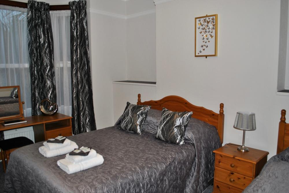 Fairways Guest House. Cambridge Bed & Breakfast Accommodation in Cambridge Uk