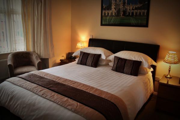 Autumn House Bed & Breakfast
