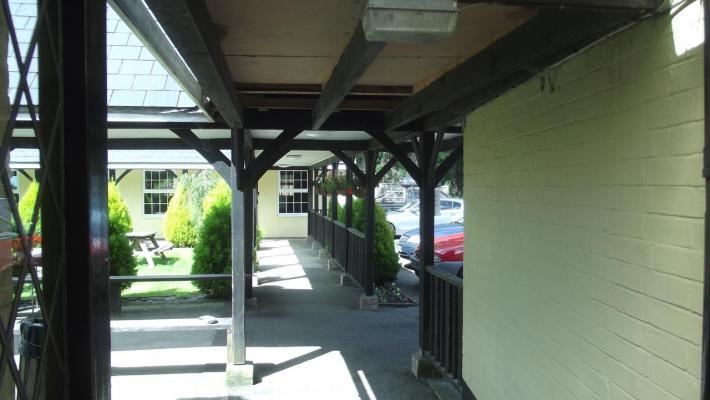 The Lord Byron Inn - Public House